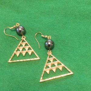 Mauna earrings gold plated w Tahitian like pearl